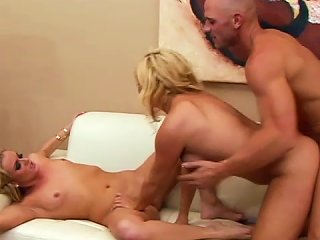 Hardcore Threesome With Two Blondes After Hot
